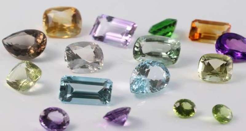 واشنطن تفرض عقوبات على شركة عامة للأحجار الكريمة في بورما