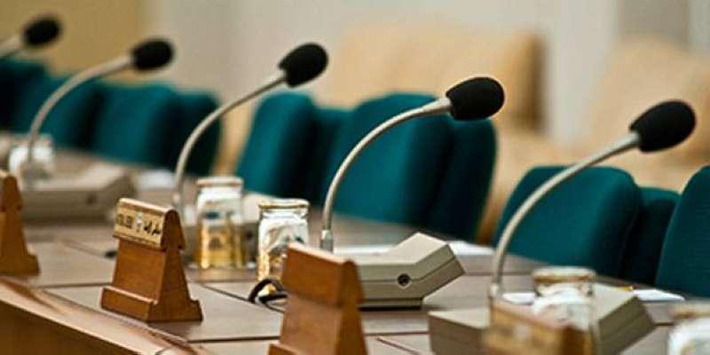 «التشريعية» البرلمانية تنظر الاثنين في اقتراح الصالح باشتراط إخطار الموظف قبل إحالته إلى التقاعد