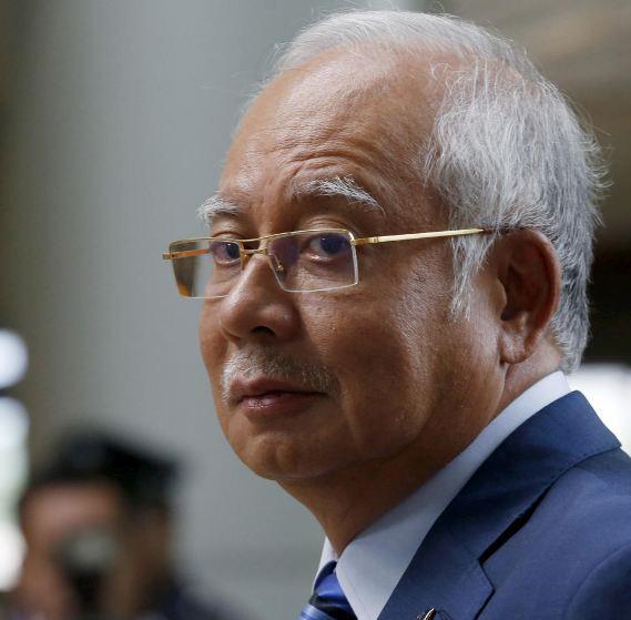 «كورونا» تؤجل محاكمة نجيب عبدالرزاق بشأن الصندوق الماليزي