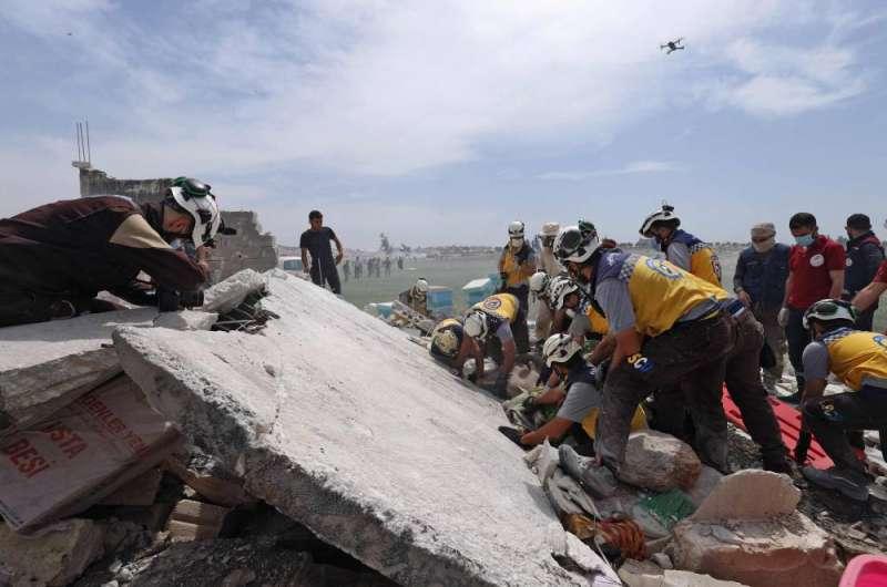 3 قتلى بانفجار مستودع ذخيرة في شمال غربي سورية