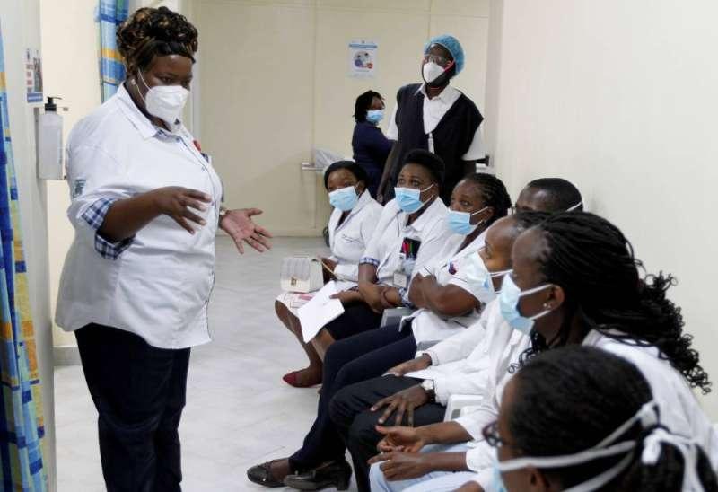 «الصحة العالمية»: نقص اللقاحات يزيد من خطر موجة تضرب أفريقيا