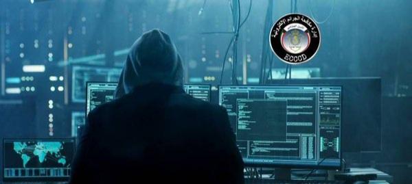 إدارة الجرائم الإلكترونية تحيل «البدون» المتهم بإدارة حسابات وهمية إلى النيابة