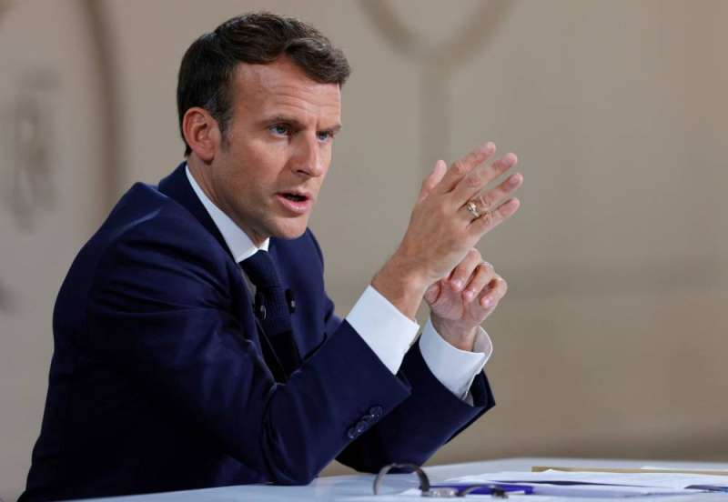 ماكرون: سنواصل العمل للدفاع عن خارطة الطريق في شأن لبنان