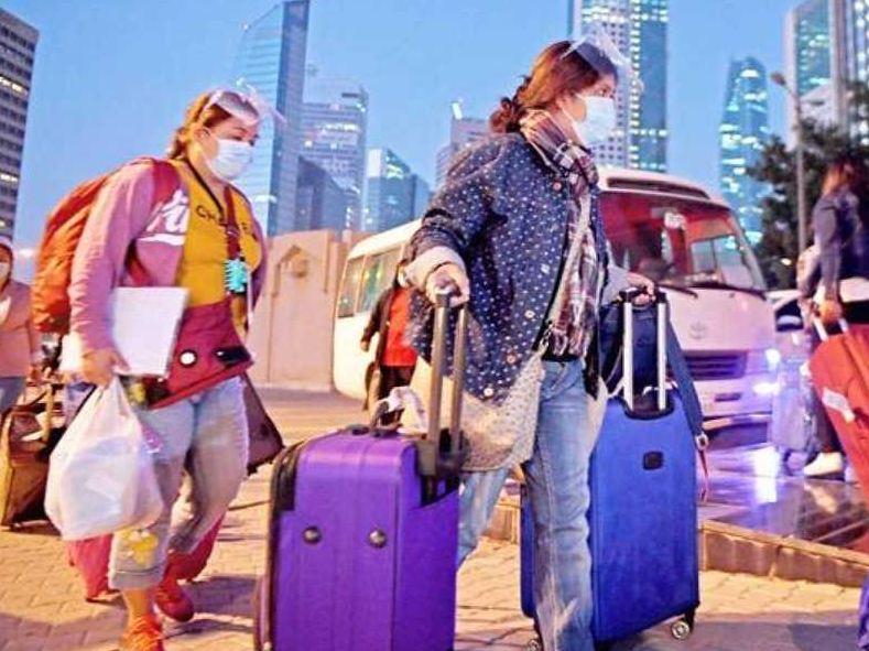مكاتب الاستقدام: العمالة المنزلية مستثناة من قرارات مجلس الوزراء بشأن دخول البلاد