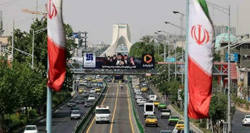 مقتل ضابط شرطة في جنوب غرب إيران مع تواصل الاحتجاجات على شح المياه