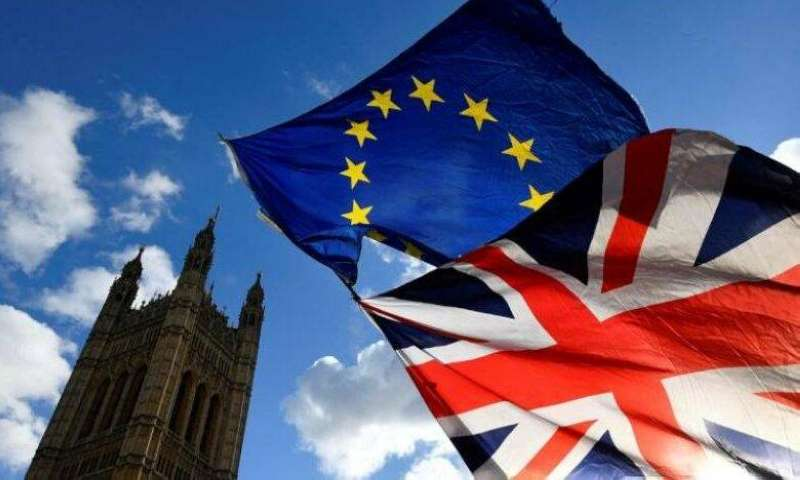 بريطانيا تطلب من الاتحاد الأوروبي تجميد بنود اتفاق ما بعد بريكست في شأن إيرلندا الشمالية