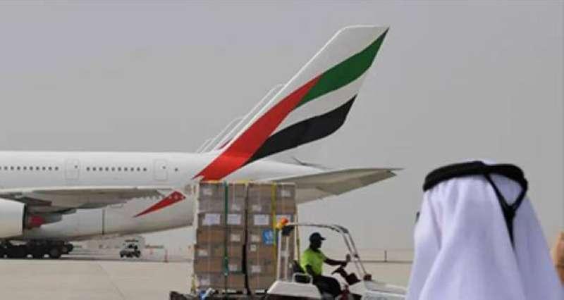تصادم طائرتي ركاب بشكل طفيف على مدرج مطار دبي الدولي دون وقوع إصابات
